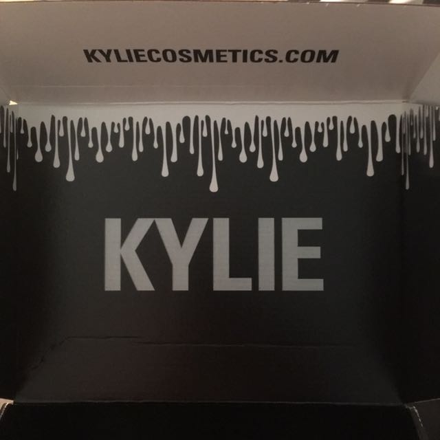 Kylie Cosmetics Holiday Edition Price Drop
