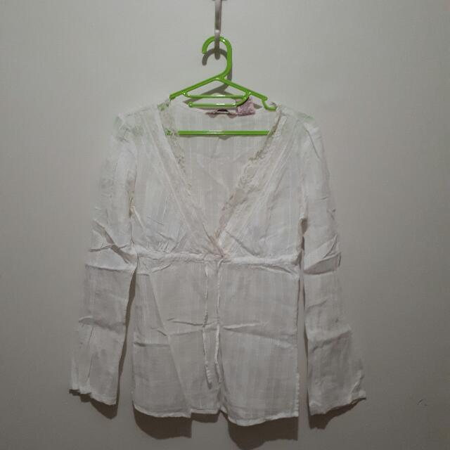 Lacey White Long Sleeves