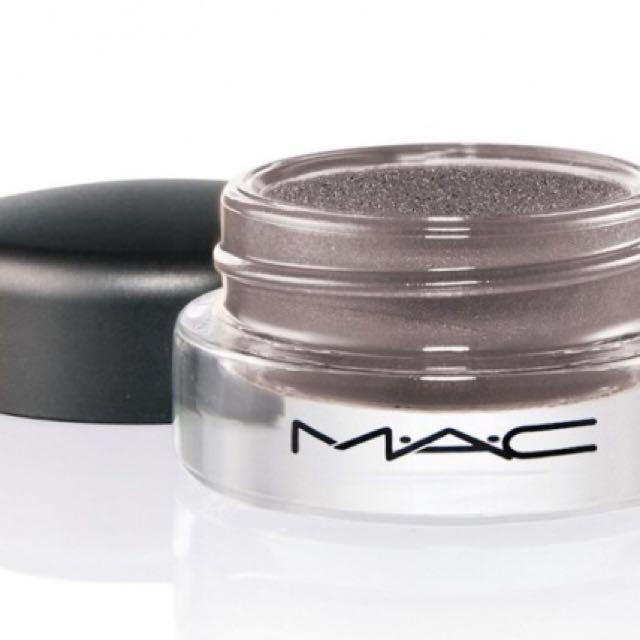 MAC Pro Longwear Paint Pot - Frozen Violet