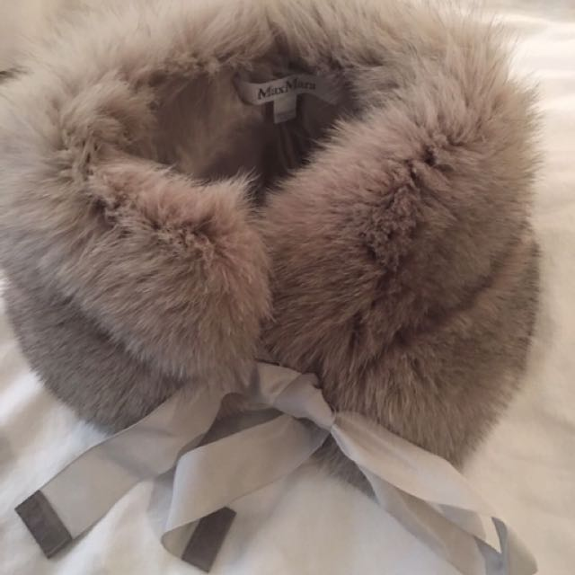 Max Mara Fox Fur Collar