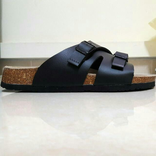 e67266f5f18d63 Modern Stylish Unisex Sandals