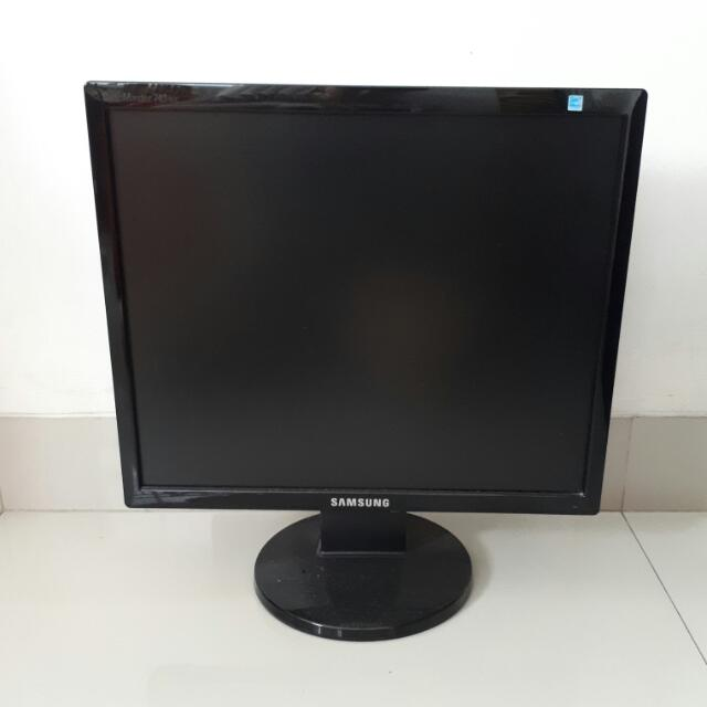 """Monitor LCD Samsung 17"""" - 17 Inch Second"""