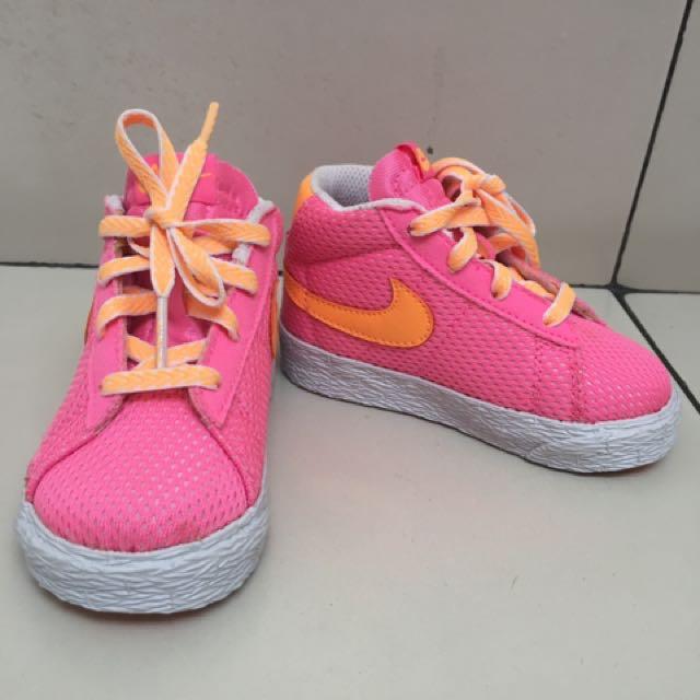 Nike Shoes. Blazer Mid Vintage