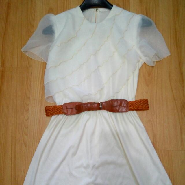 Pale White Dress With Belt