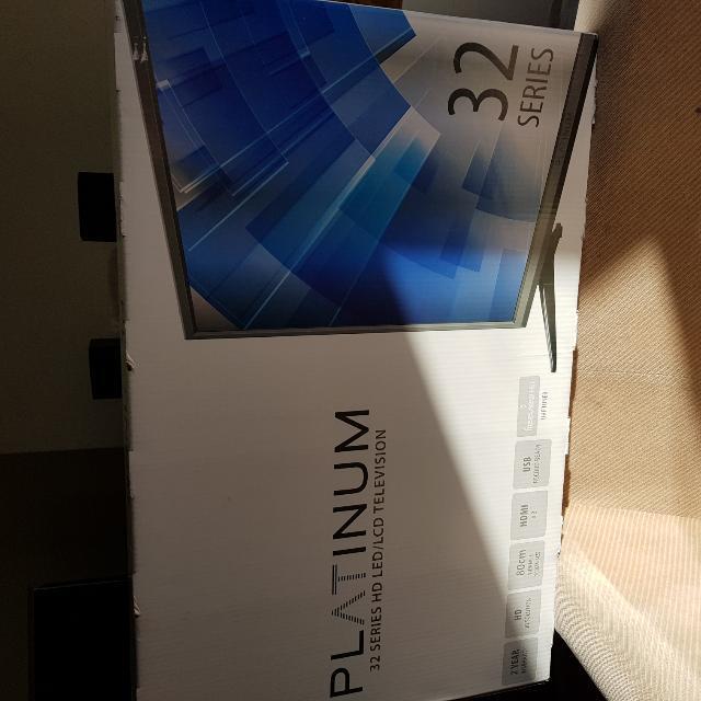 Platinum 32 Inch