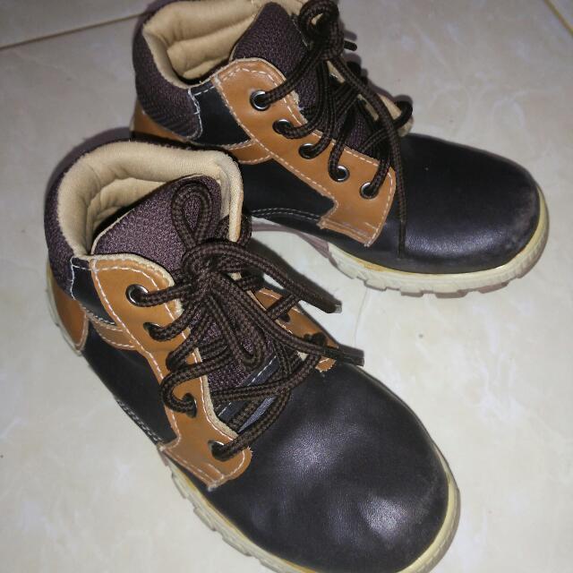 Sepatu Anak merk Gabino