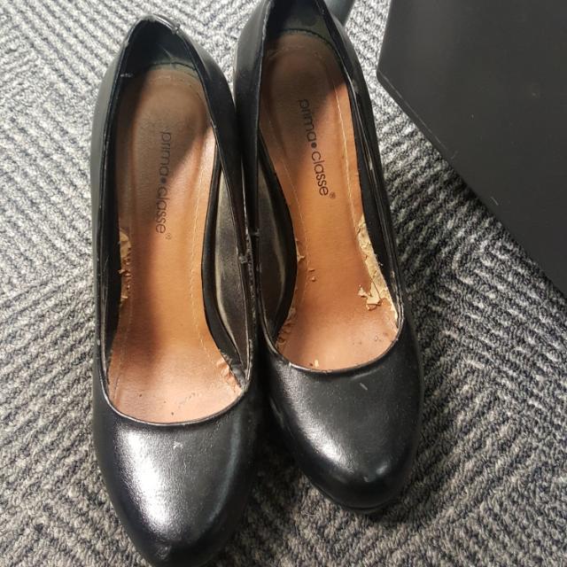 Sepatu Platform Hitam Prima Classr