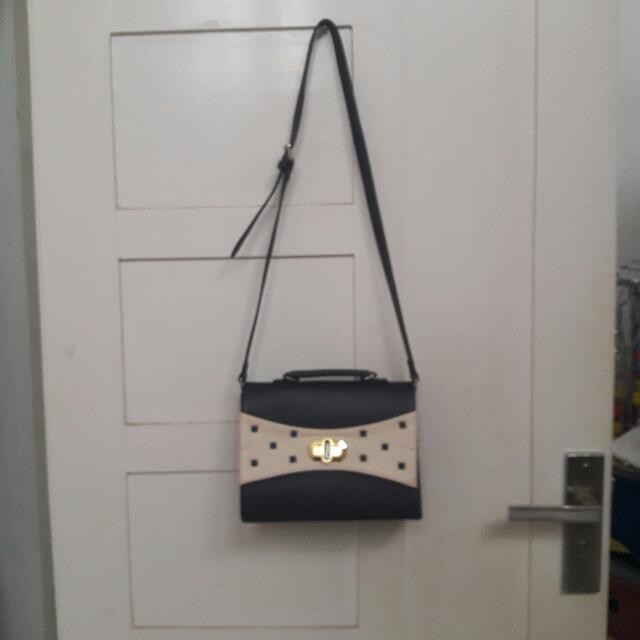 Sling Bag Fashion
