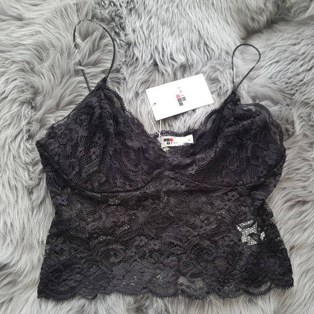 TEMT Black Lace Crop Bralette Size Small NWT