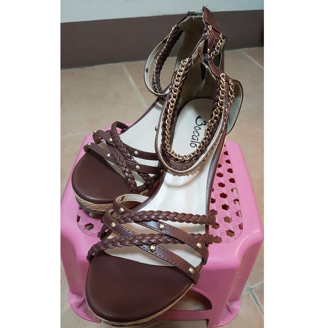 Used wedge shoes (bocalo)
