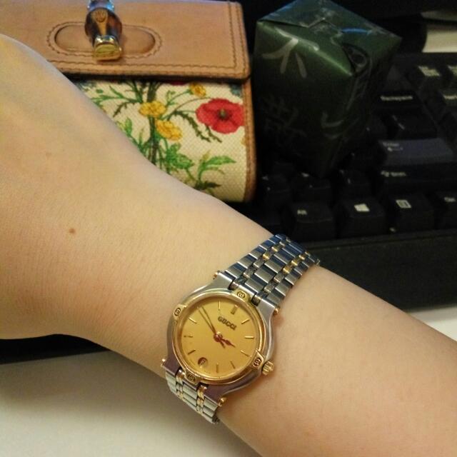 8cdf2eb3dcf Vintage Gucci Watch 9000L