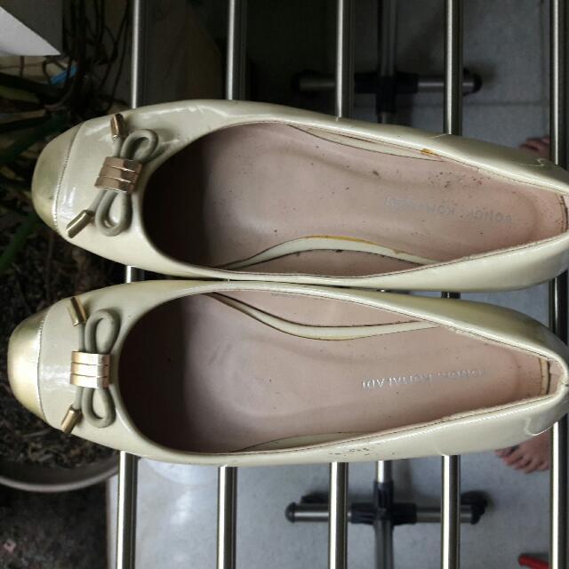 Yongki Komaladi Flat Shoes