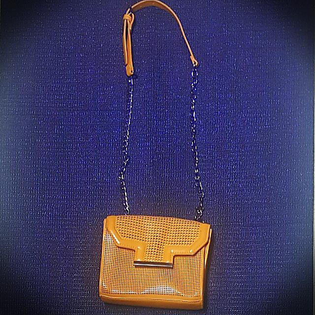 Zara (Shoulder Bag)