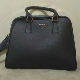 Palomino Bags Colour : Black Very Good Condition Jarang Di Pakai