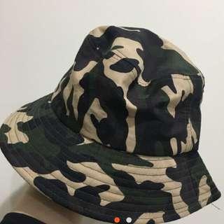 迷彩漁夫帽