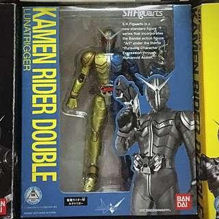 SHF Kamen Rider W Luna Set