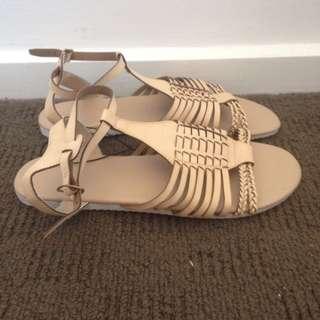 Sandals - Size 11 / 42 x 2