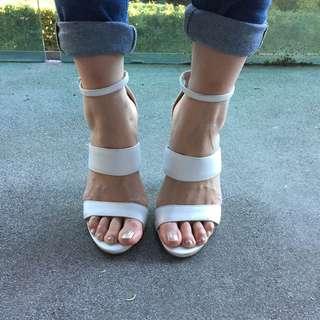 Top shop White Strapping Block Heels Size 6 U.K. / 8 Au
