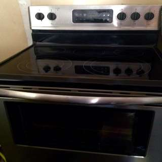 Frigidaire Gallery Stainless Convection glass top Stove oven