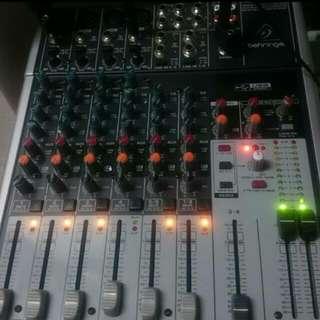 Behringer Mixer 1204usb