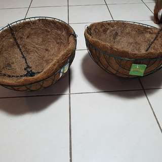HANGING BASKETS 40CM NEW NOT USED
