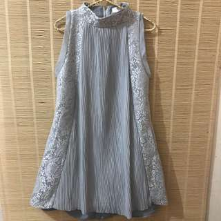 Dress Pesta Abu-Abu