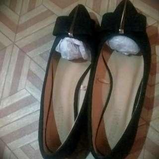 Close Shoes (ELLE)