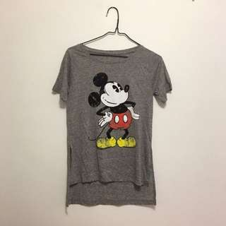 Women's Mickey Mouse Tee (size M)