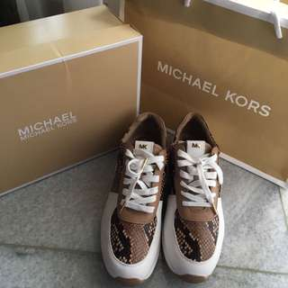REPRICE! JUAL RUGI Michael Kors Allie Trainer Shoes