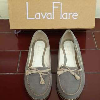 Lava Flare Flat Shoes