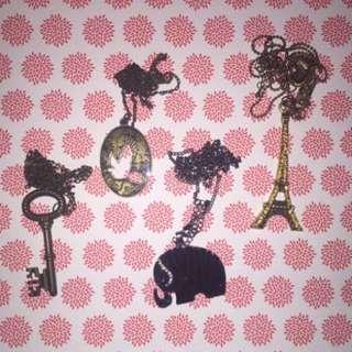Kalung Emas Kunci, Burung, Gajah, Eiffel Tower