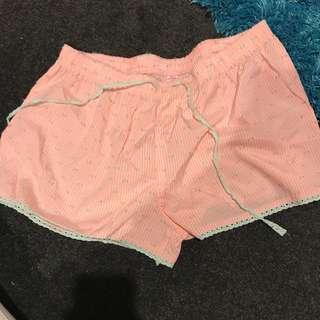 PJ Shorts Size: M