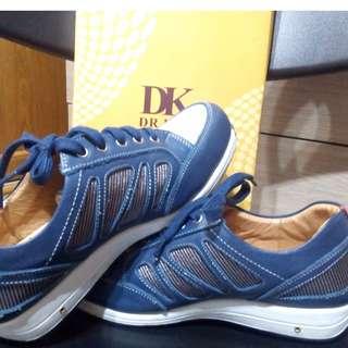 #DK #氣墊鞋 #運動鞋 #牛皮 #空氣休閒鞋