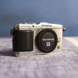 Olympus PEN EP3 with 14-42 F3.5-5.6 Kit Lens
