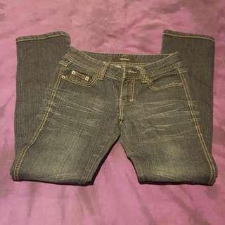 Jeans Size 28
