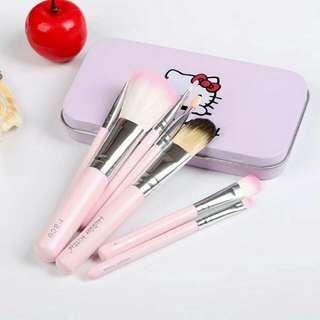 On Hand💝 Hello Kitty Mini Makeup Brush Set