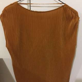 ZARA LOW V BACK TOP UK / USA SIZE S USED ONCE