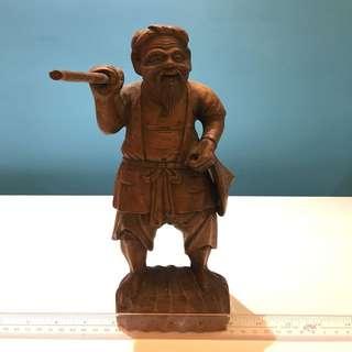 老日本漁夫木雕 古樸味濃烈