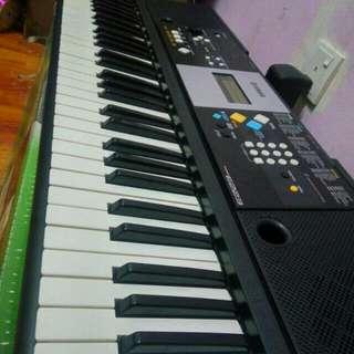 Yamah keyboard PSR E223