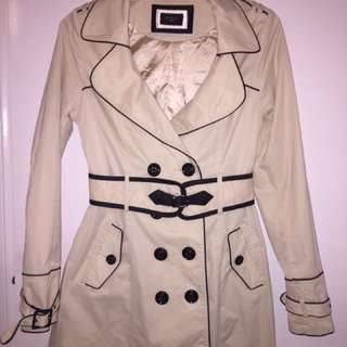 Elegant Off-white Coat