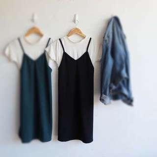 Sleeveless Dress With White Inner