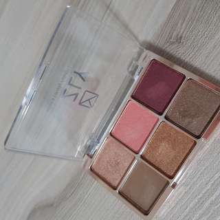 Lizly What a Lovely Palette