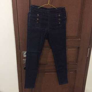 Zara Semi High Waist Jeans