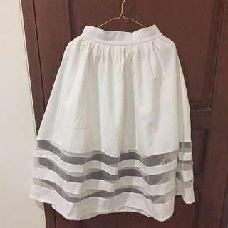 MDS White Skirt