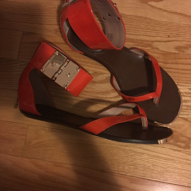 7.5 Shiny Orange Leather Vince Camuto Sandals - preloved $30