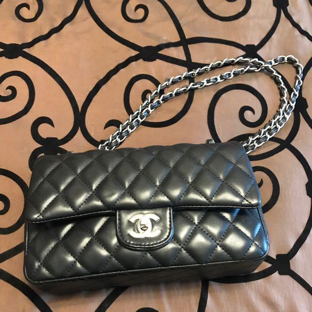 Chanel Purse AAA