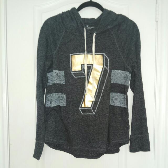 American Eagle '7' Sweater