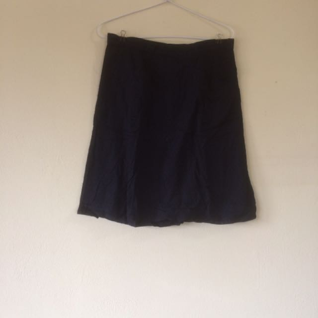 American eagle Black Skirt