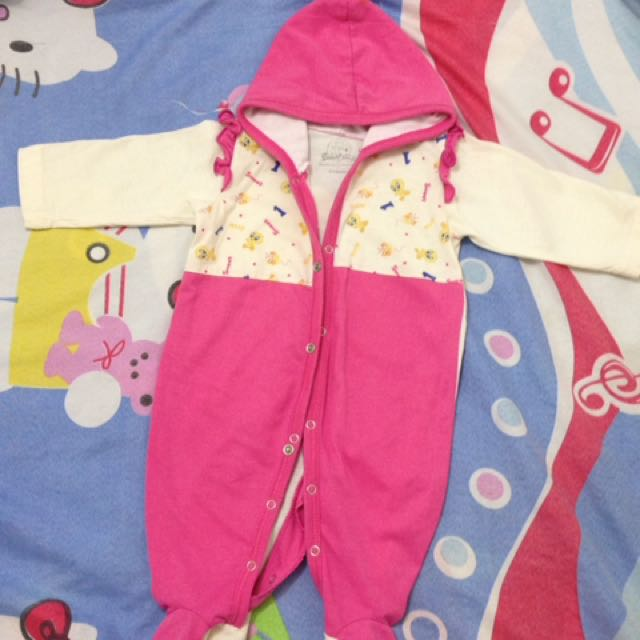 Baby Jumpsuit.looney Tunes With.hood