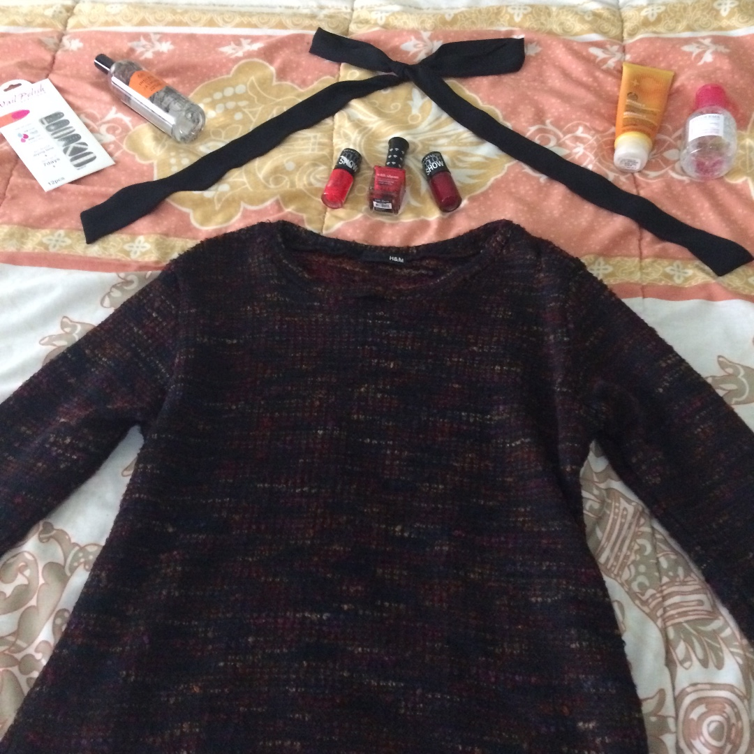 black&red sweater